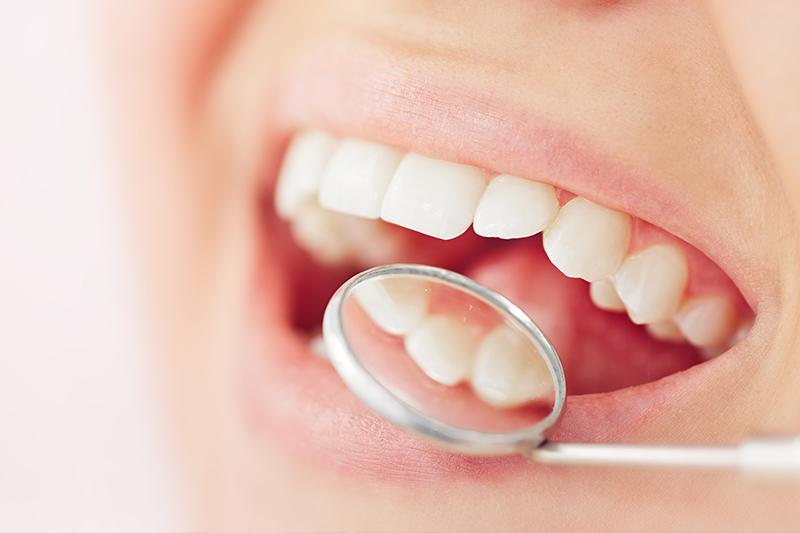 Dental Implants in 11967